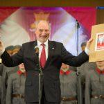 Antoni Macierewicz Minister Obrony Narodowej  laureat nagrody za 2017 r.